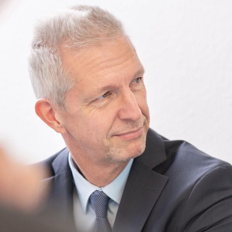 Erik M. Opper